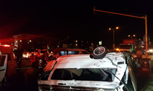 Taxi rollover leaves approximately 20 injured in Bryanston, Johannesburg