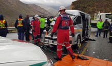 Taxi and truck collide killing two, injuring four outside Ceres