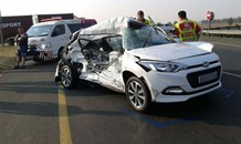 Truck crashes into car killing three, Delmas