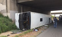 Bus overturns leaving approximately 40 to 50 injured on the R25 under the Zuurfontein Bridge in Kempton Park