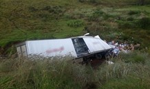 A Truck rolls down embankment leaving one dead and another seriously injured off the N3 Highway in Lions River, KZN