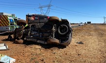 Two killed, child critical in a collision on the R500