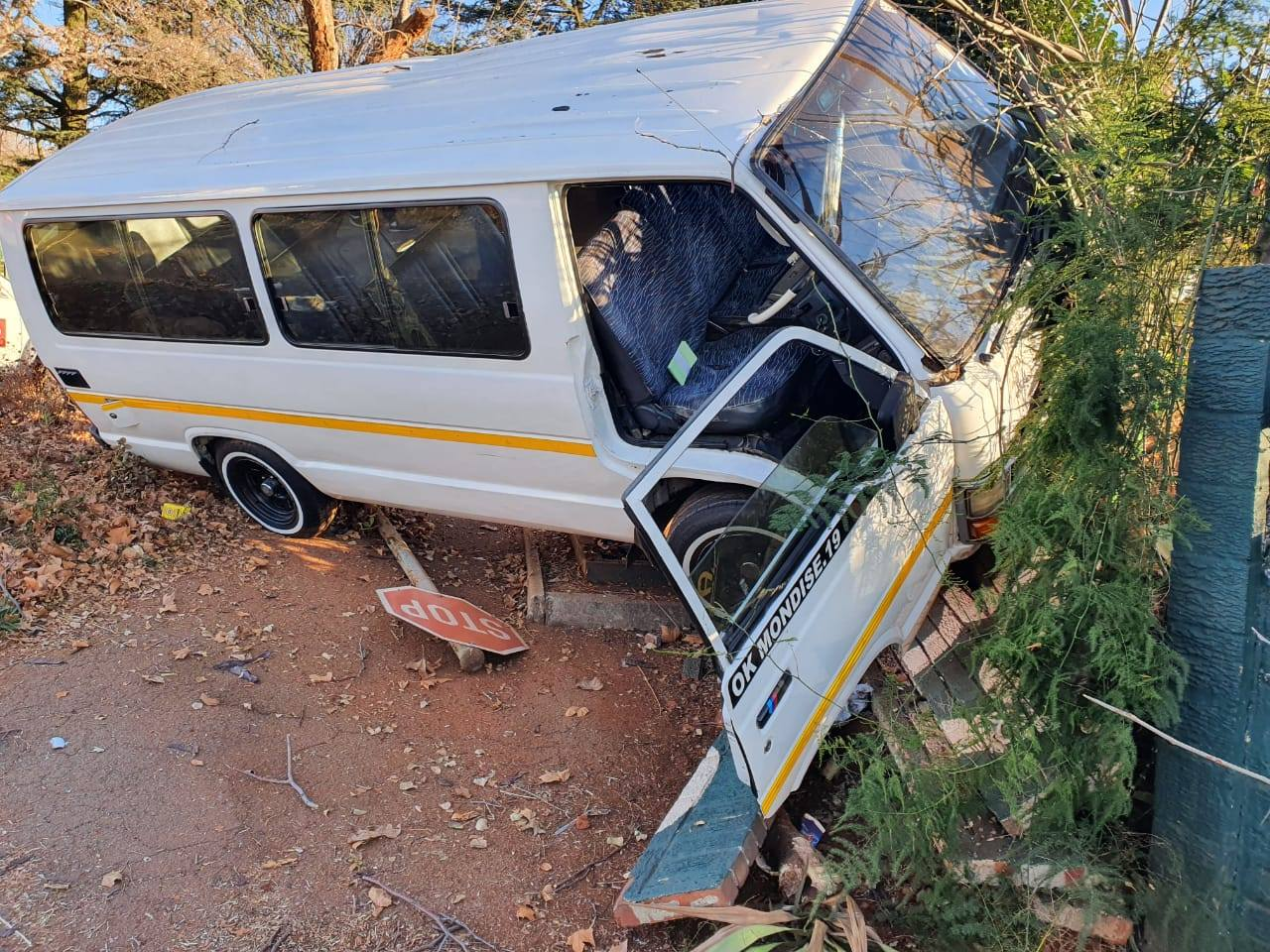 Multiple injured in a taxi collision in Bruma
