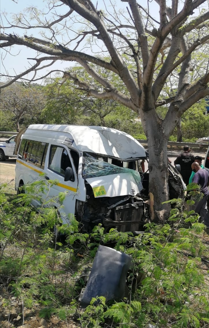 Overtaking Taxi Crashes Into Tree in Phoenix, KZN
