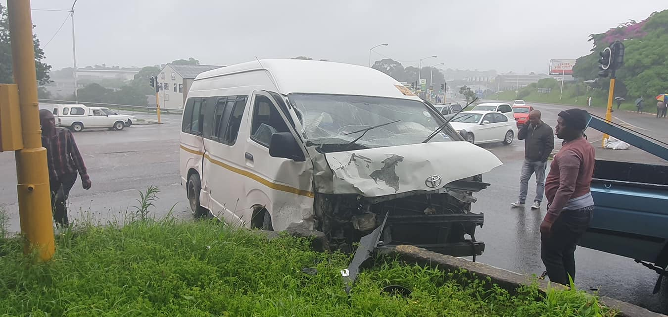 Several injured in a collision in Pinetown