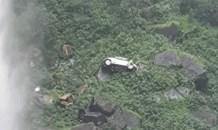Vehicle crashes to the bottom of Magwa Falls in Lusikiski, Eastern Cape.