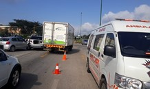 One pregnant patient injured in a collision on the R40