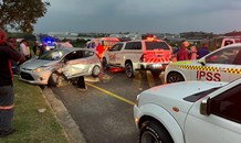 Driver entrapped in vehicle - R102 Shaka's Head