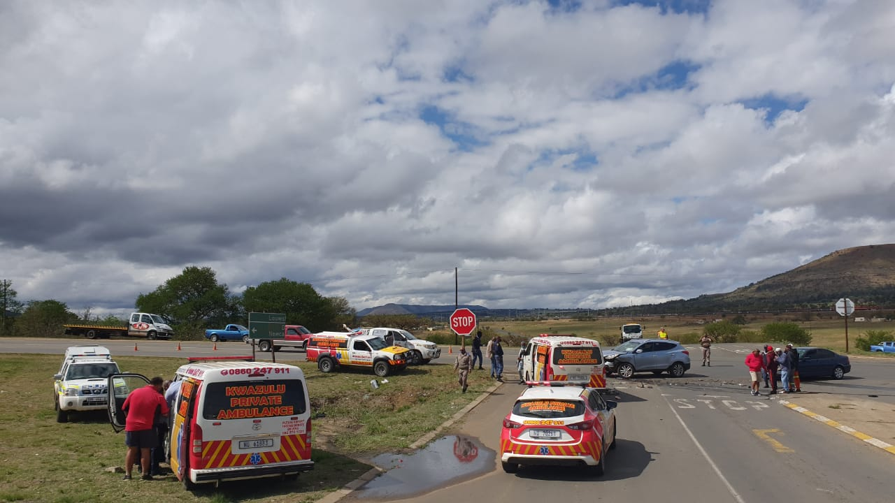 Four injured in a two-vehicle collision in Vryheid