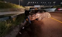 Vehicle Crashes Into Metal Barrier: Mt. Edgecombe - KZN