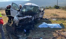 Four killed and 4 injured after reported unsafe overtaking on the R71 near Mageng village
