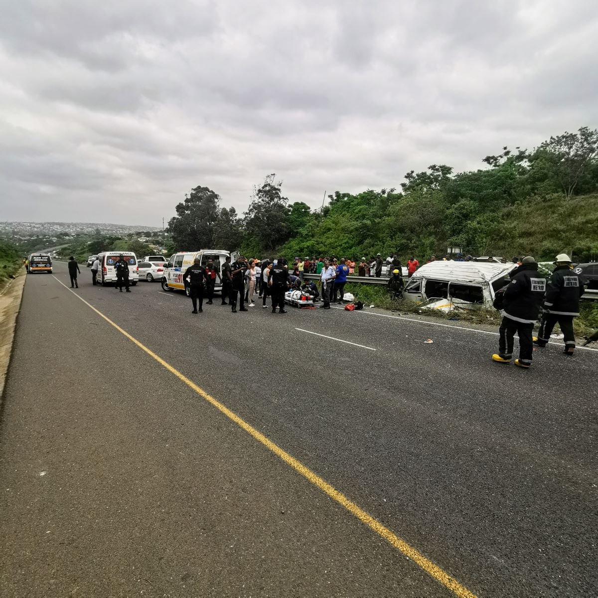 Faulty Side Shaft Blamed For Taxi Crash on the R102 in Verulam