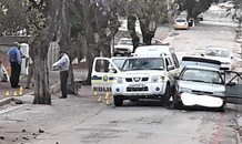 One person died, three robbery suspects nabbed after a shootout with police in Uitenhage