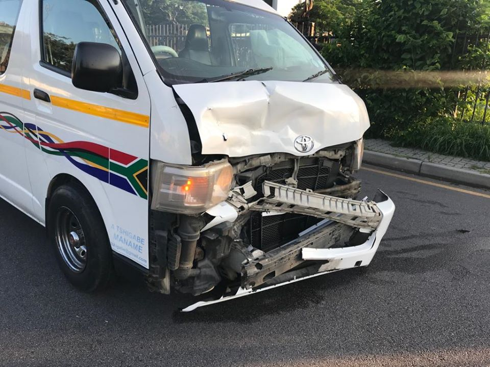 Multiple injured in a taxi collision in Bryanston