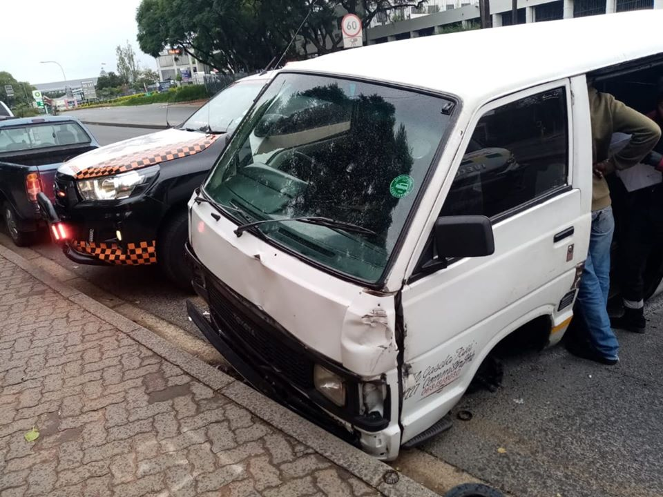 Taxi collision leaves two injured in Hyde Park