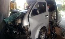 KwaZulu-Natal: Kombi crashes into bridge pillar, one dead, pet dog injured on the M13
