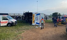 Gauteng: Forty-three injured in bus rollover
