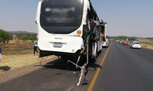 Gauteng: Multiple injured in a bus on bus collision in Eikenhof Johannesburg