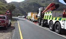 Three injured after truck crashes down embankment on Du Toitskloof Pass
