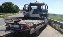 Three injured, one critically, in truck collision near Diepsloot