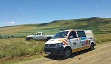 Free State rollover crash leaves driver seriously injured