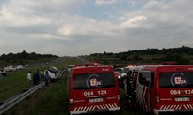 Vehicle rollover leaves six injured on the N14 between the Malibongwe and Beyers Naude turnoffs near Cosmos City.