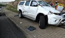 Gauteng: bakkie driver rolls vehicle at intersection In Krugersdorp