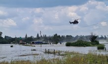 Gauteng: Elderly couple hoisted to safety by air force helicopter from flooded Loch Vaal