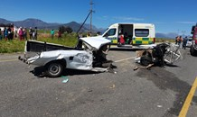 Five injured in truck vs car collision in the Cape Winelands