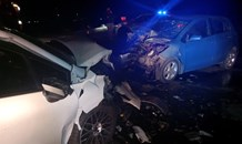 Head-on collision leaves four injured on the R546, Kinross