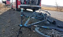 Cyclist injured when knocked down along the R103
