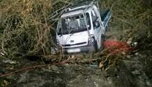 Fifteen injured in Taxi crash