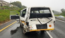 8 Injured in taxi crash on the M13 Pinetown Bound near Blair Atholl in Westville