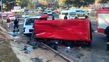 Multiple injuries when 2 minibus taxi