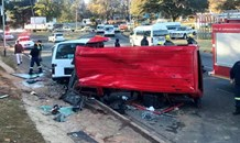 Multiple injuries when 2 minibus taxi's collided on Houghton Drive, Johannesburg