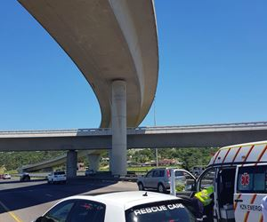 Woman jumps to her death from the new Umgeni Road interchange onto the N2 South Bound