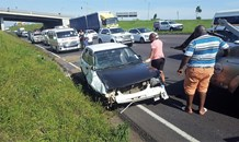 3 Injured in rollover crash on the N3 West Bound near Pavilion