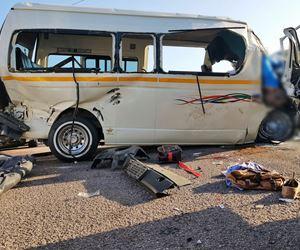 5 Killed, scores injured in horrific crash on Nandi Drive near the Engen Garage