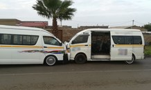 Gauteng: Scholar transport taxi and mini-bus taxi involved in head on collision.