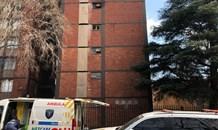 Gauteng: Man falls to death trying to avoid fire on Maltzan Street in Pretoria