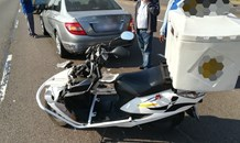 Motorcyclist crashes into back of car in Springfield Park, Durban