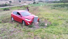 KwaZulu-Natal: Two occupants escape serious injury when car leaves road