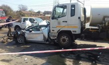 Rear-end collision leaves four injured, Kempton Park