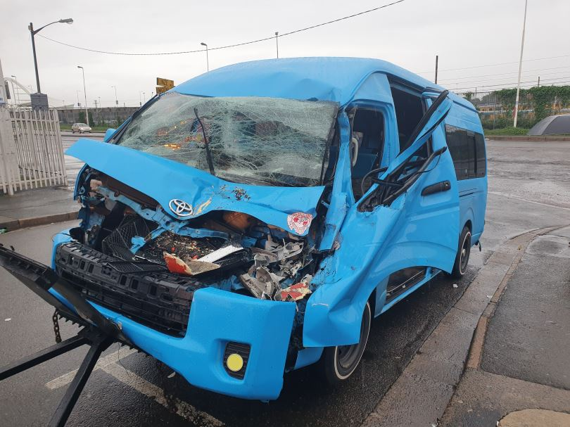 Two injured in taxi crash at intersection of on Umgeni Road and Linze Road