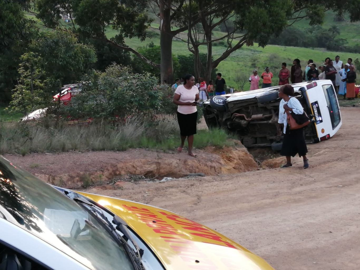 Two injured in taxi rollover at Bomela in KZN