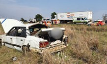 Five injured in a vehicle roll-over on the R34