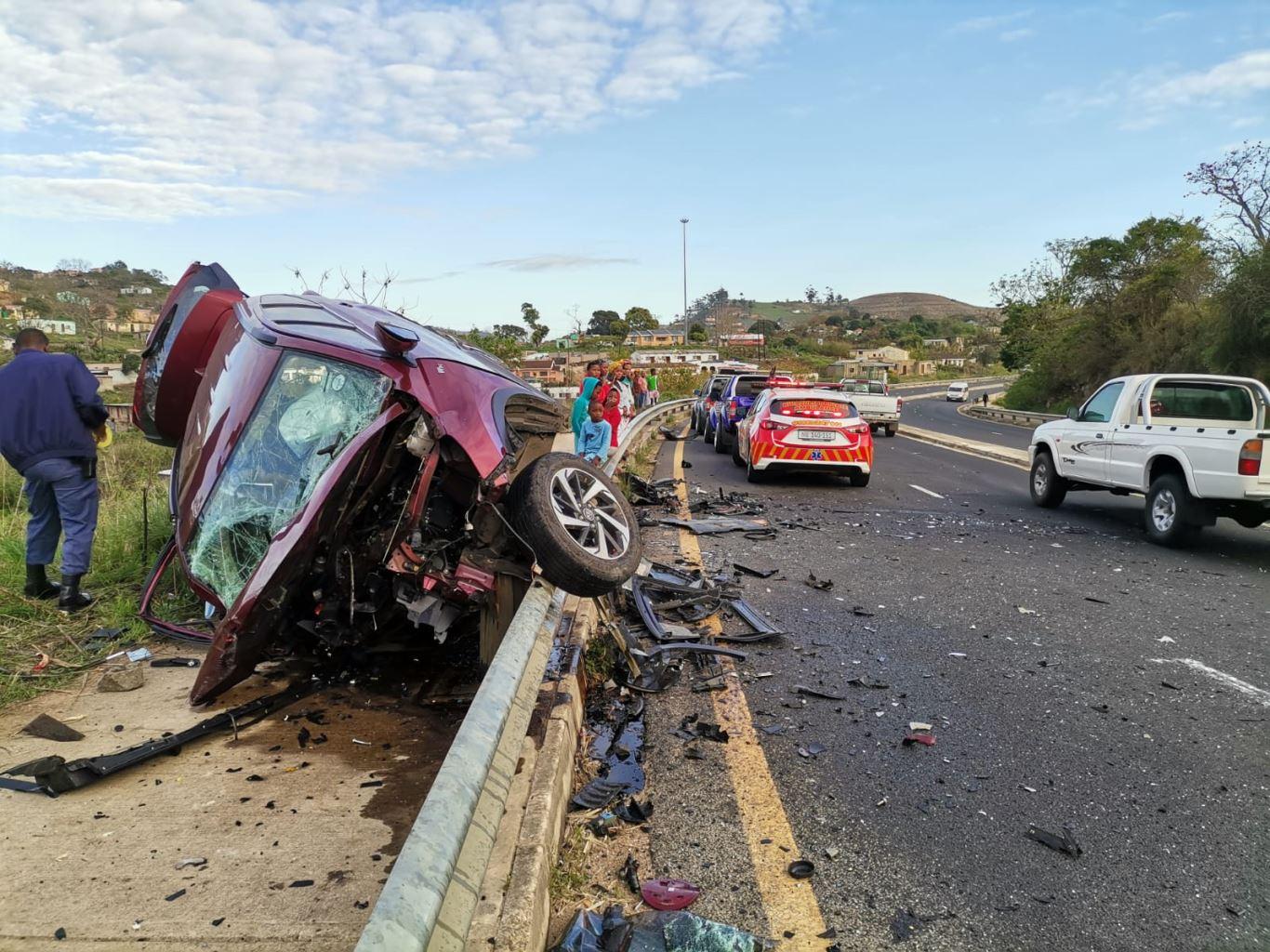 Four injured in a head-on crash on the N2 Boboyi