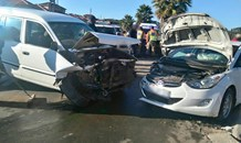 Thirteen injured in collision at intersection in Cosmos City