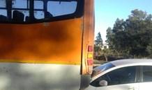 Car rear-ends bus on the R101, Centurion.