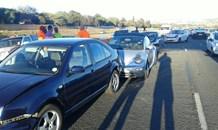 Five car pile-up on N14 at the Rooihuiskraal bridge, Centurion.